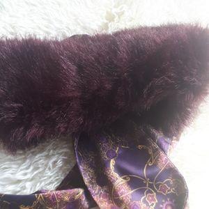 Accessories - Sale $8 !Burgundy Faux Fur Scarf